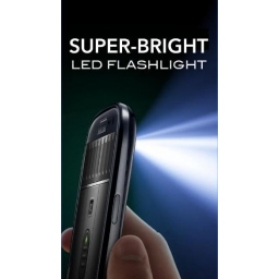 Aplikacija sa Google Play Super-Bright LED Flashlight prikazuje maliciozne reklame